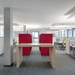 Offene Bürowelten intensivieren Kommunikation, Wissenstransfer und Teamarbeit.