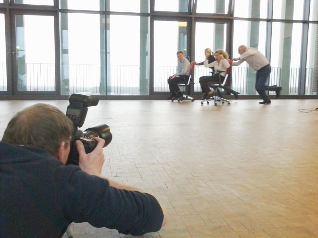 """Fotoshooting für Westfalen. Modells: Mitarbeiter von Westfalen, Location: Westfalen Gruppe, Raum Münster in der Hauptverwaltung. (""""Energie von Mensch zu Mensch – Gewerbestrom von Westfalen"""")"""