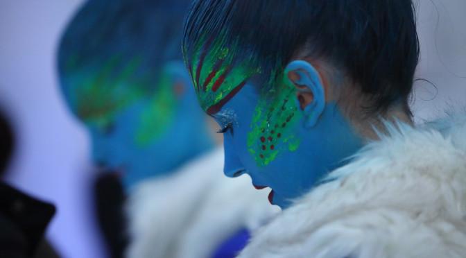 blaue-damen